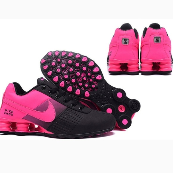 official photos 83689 06b48 New Women s Nike Shox Deliver Size 5.5. M 5c28065f6197454a04ace79a